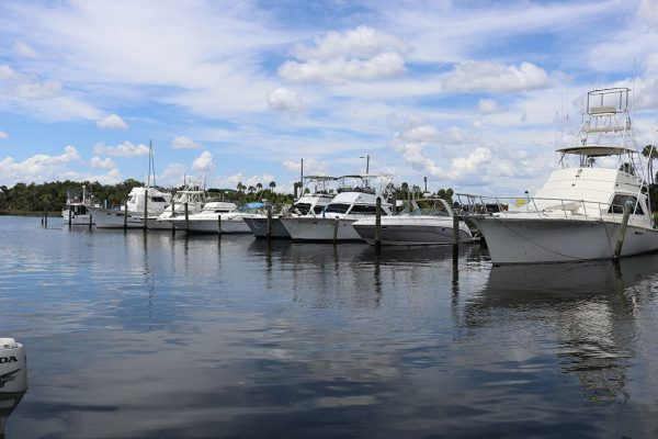 An image of boats docked at Twin Rivers Marina in Crystal River.