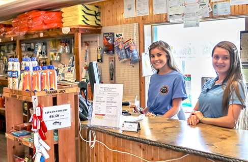 An image of our friendly staff at Twin Rivers Marina.